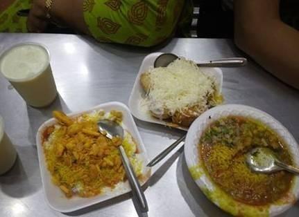 Narayan Bhel-Aapdu Junagadh
